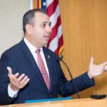EEUU: Senador estatal Tony Mendoza renuncia tras denuncias de acoso sexual (VIDEO)