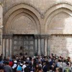 Iglesias cristianas cierran el Santo Sepulcro en protesta por impuesto que aplicó Israel (VIDEO)