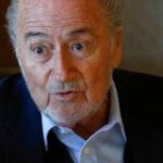 Joseph Blatter opina no debería usarse el videoarbitraje en el Mundial de Rusia