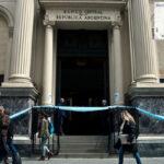 Argentina: Banco Central defiende su intervención del mercado de divisas