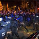 España: Protestas contra laprisión a líderes catalanes dejan al menos 29 heridos (VIDEO)
