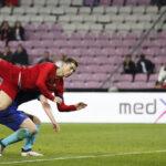 Fecha FIFA: Holanda goleó fácilmente (3-0) al campeón europeo Portugal
