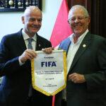 Presidente de la FIFA se reunió con Pedro Pablo Kuczynski (Fotos)