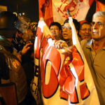 """Centro de Lima: Manifestantes agreden a reporteros en marcha """"Que se vayan todos"""""""