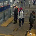 Tres delincuentes armados asaltan a pasajeros del Metropolitano (Fotos)