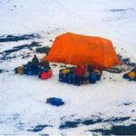 Antártida: Rompehielos argentino rescató a los científicos de EEUUvarados en una isla
