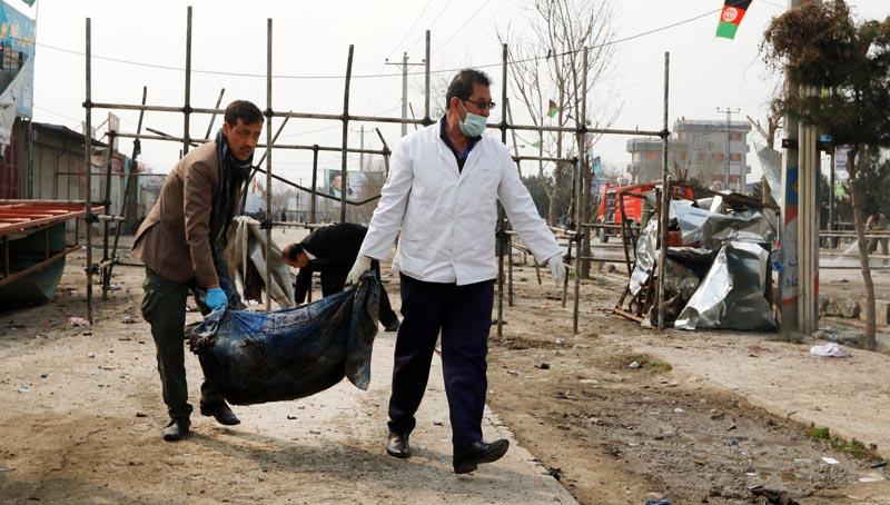 Al menos siete muertos en ataque suicida en barrio chiita de Kabul