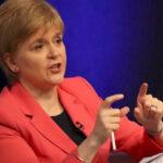 Gobierno británico desautoriza apoyo de primera ministra a independentistas catalanes