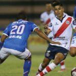 Deportivo Municipal con doblete de José Manzaneda gana 2-1 a Unión Comercio