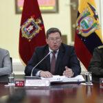 """Ministro de Ecuador dice que imágenes de secuestrados """"no son concluyentes"""""""