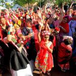 Cientos de personas vestidas como Frida Kahlo buscan récord mundial