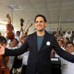 Juan Diego Flórez reúne voces para cantar por niños de Perú