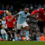 Premier League: M. United remonta un 2-0 y le agua la fiesta al M. City (3-1)