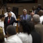 Cuba: Sesión de relevo presidencial entra en receso hasta mañana