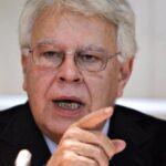 Felipe González defiende a Lula da Silva para que pueda ser candidato presidencial