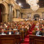 Parlament sigue con reforma de la Ley de Presidencia para investir a Puigdemont