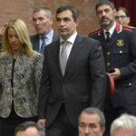 España: Cesan a directora de escuela de los Mossos por llevar urnas en referendo (VIDEO)
