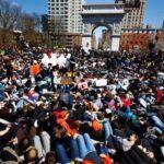 Miles de estudiantes de EEUU exigen mayor protección contra las armas