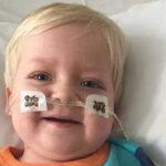 Milagro de Pascua: Desconectan a su hijo del soporte vital y el niño se recupera del coma (VIDEO)