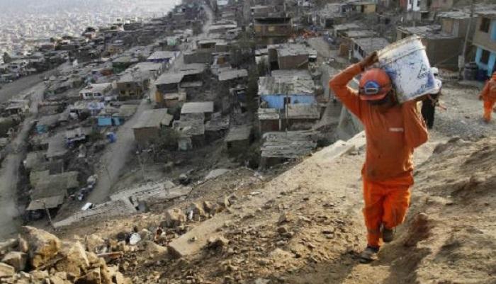 Presidente considera inaceptable aumento de pobreza en Perú