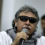 """Colombia: Las FARC califican de """"montaje jurídico"""" captura de excomandante Jesús Santrich (VIDEO)"""