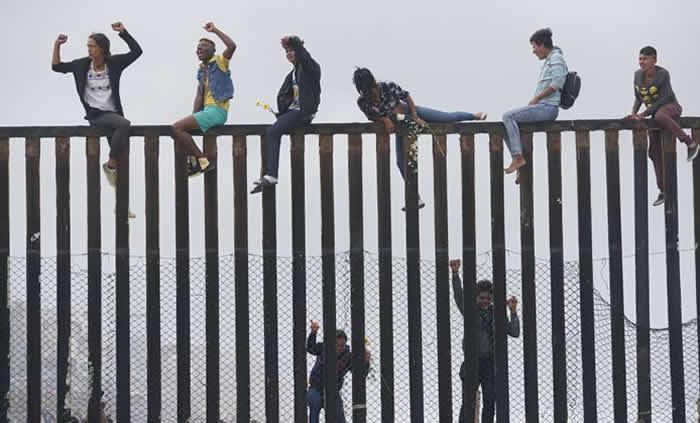 Migrantes inician el proceso de asilo en Estados Unidos