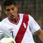 Paolo Hurtado dice que jugará de '9' si se lo pide Ricardo Gareca