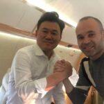 Andrés Iniesta cierra su fichaje con el Vissel Kobe de Japón