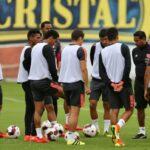 Selección peruana: Ricardo Gareca utiliza a Luis Advíncula como delantero