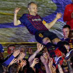 El Camp Nou despide a Iniesta con una fiesta a la altura de la leyenda (Fotos)