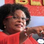 Abogada Mia Mottley se convierte en la primera mujer gobernante de Barbados (VIDEO)