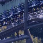Decenas de personas se quedan atrapadas de cabeza 2 horas en montaña rusa de Japón (Video)