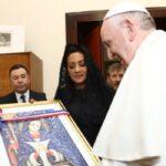 El Papa y Primera Dama dominicana tratan programas en favor de la juventud