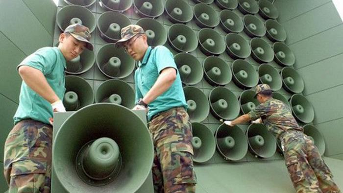 Coreas desmontan altavoces propaganda frontera
