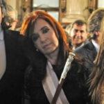 Argentina: Juez abre otro proceso a Cristina Fernández y sus hijos por lavado de dinero (VIDEO)