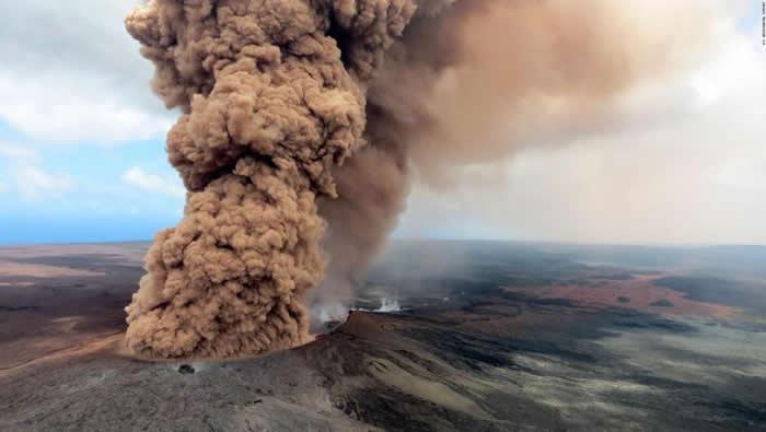 Alerta roja por el peligro de gran explosión en el volcán Kilauea