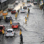 México: Alerta amarilla por vientos huracanados, lluvias y granizo en 7 delegaciones (VIDEO)