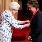 Paul McCartney recibió título de Acompañante de Honor en Palacio de Buckingham