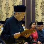 Malasia: Mahathir Mohamed se convirtió en el premier más longevo a los 92 años (VIDEO)