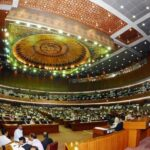 Parlamento paquistaní aprueba ley para proteger derechos de los transexuales