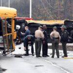 Al menos dos muertos y 45 heridos en accidente de bus escolar en EEUU