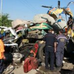 Al menos 11 muertos y 16 heridos al volcar transporte en oeste de Venezuela