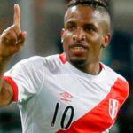 Selección peruana: Ricardo Gareca sorprende con Jefferson Farfán de '9'