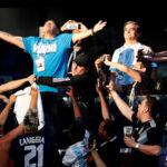 Maradona, protagonista en el palco del Nigeria-Argentina (Fotos)