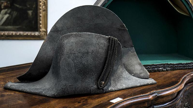 60d67f64e7f83 Subastarán sombrero de Napoleón recuperado en Waterloo