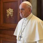 Papa pide a países europeos acoger a refugiados e invertir en África