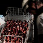 España acogerá el barco Aquarius con más de 600 inmigrantes a bordo