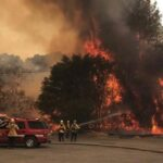 Incendio en norte de California quema 5,463 hectáreas y sigue creciendo