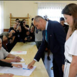 Eslovenia: Partido antiinmigración gana elecciones legislativas pero no obtiene mayoría (VIDEO)