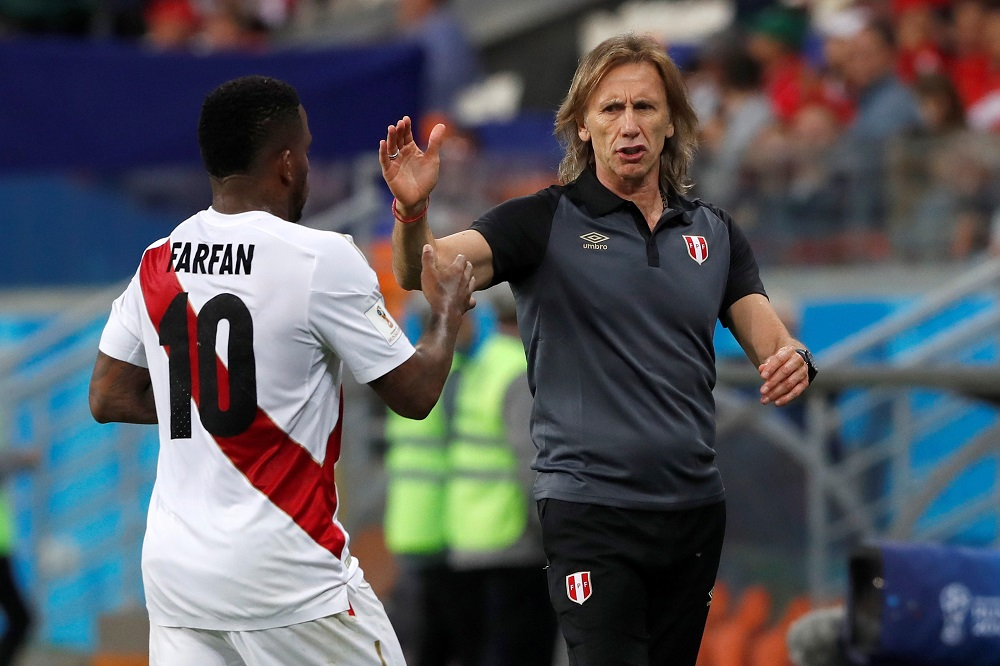 Perú tiene un amargo regreso a un Mundial
